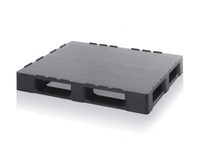 CLEANROOM PALLETS MADE FROM RECLAIMED MATERIAL WITH RETAINING EDGE